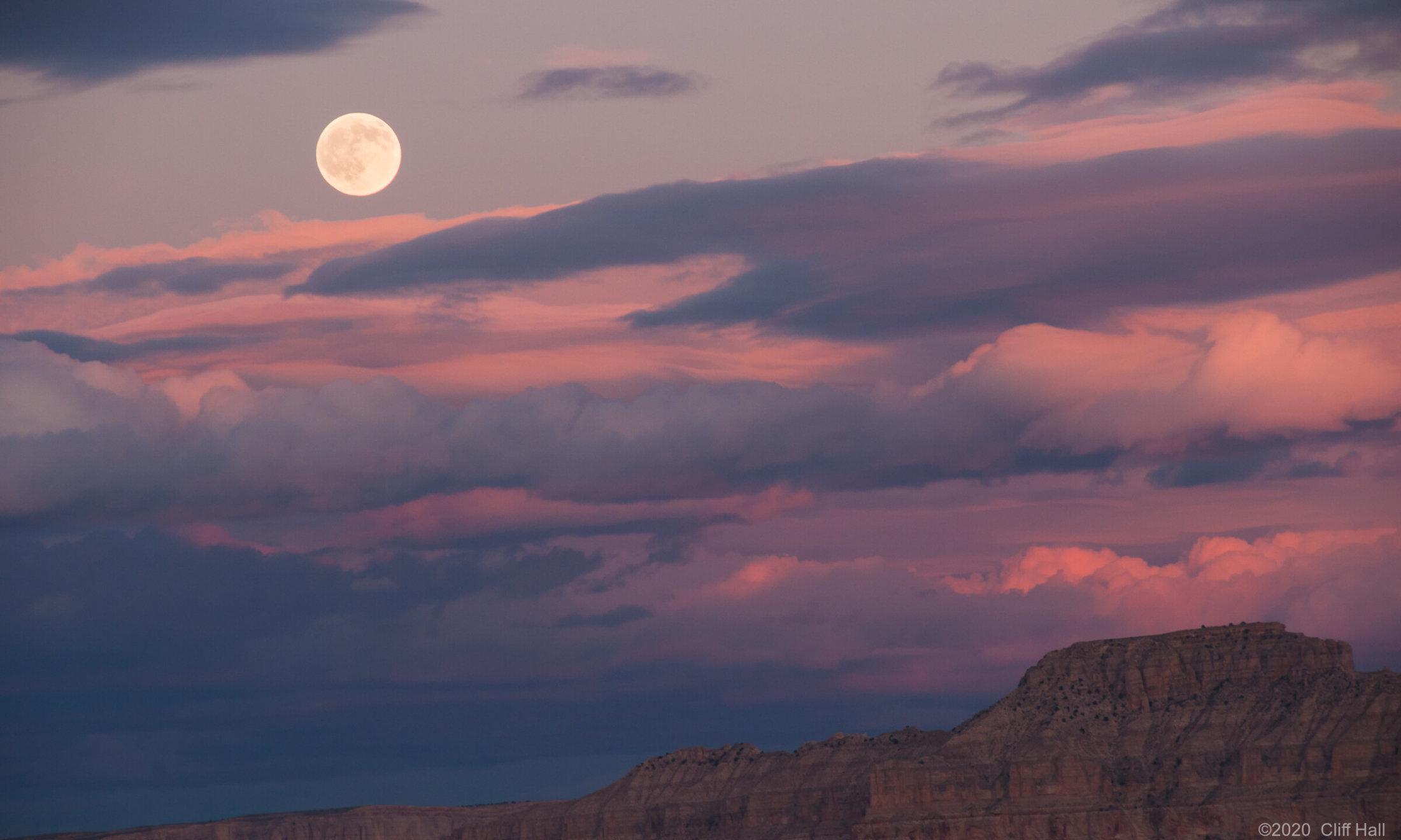 Moonrise over Toroweap